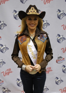 Miss Rodeo America 2013 Chenae Shiner hung out in the press room to watch Rounds 9 and 10.